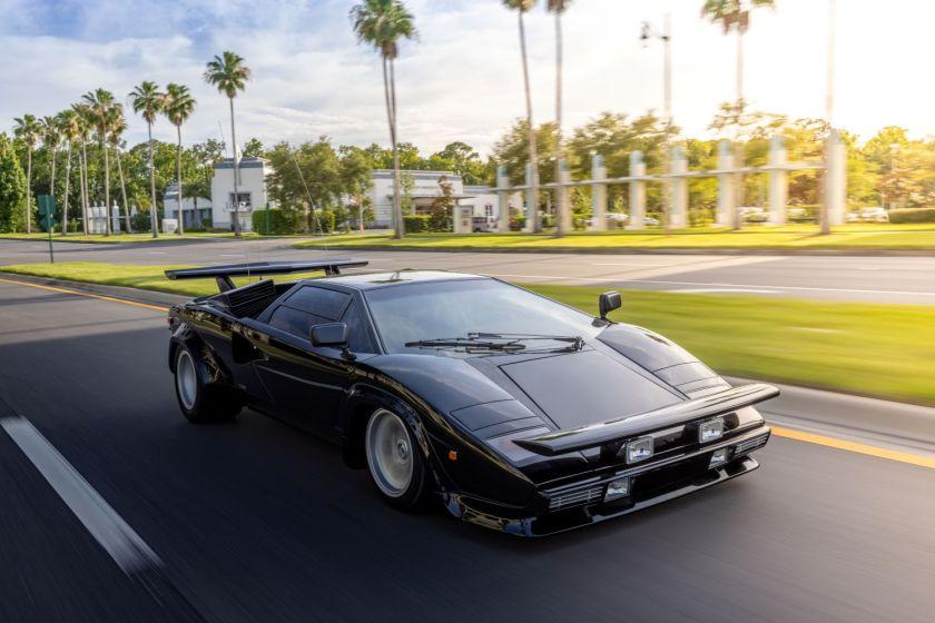 Negro 1979 Lamborghini Countach de la película Cannonball Run
