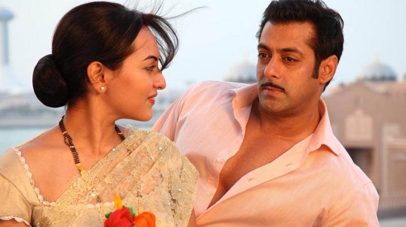 Sonakshi Praises Salman For His Humility And Modesty