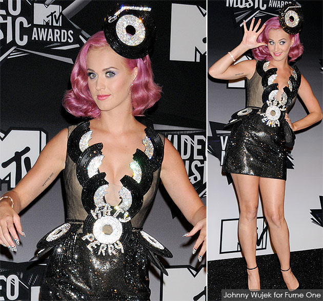 katy-perry-vma-johnny-wujek