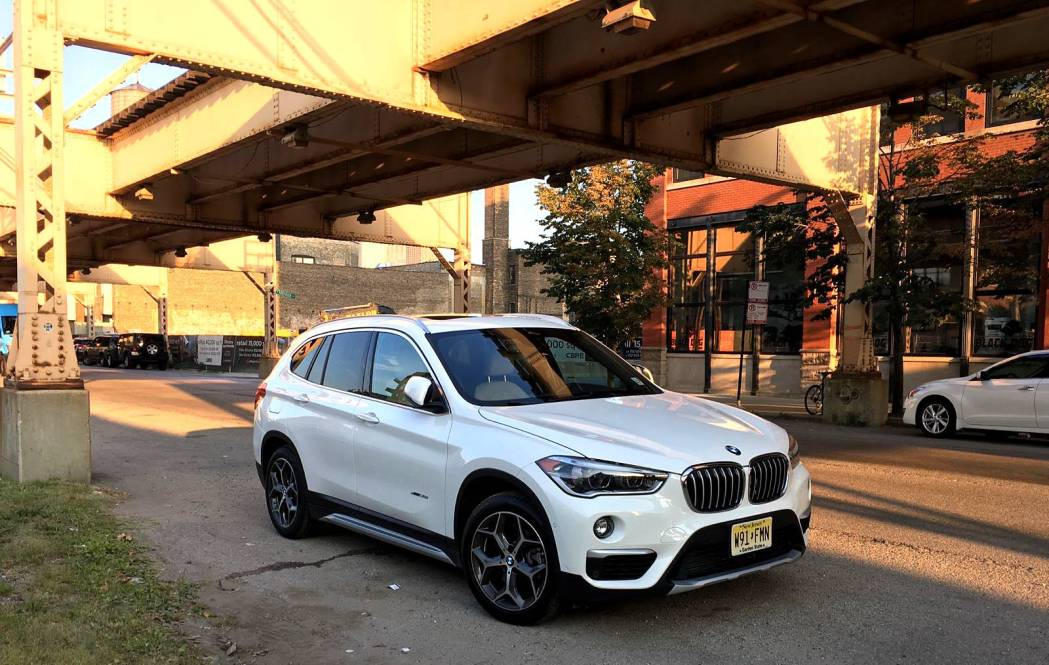 bf review the 2017 bmw x1 vs the 2017 mini clubman bimmerfile. Black Bedroom Furniture Sets. Home Design Ideas