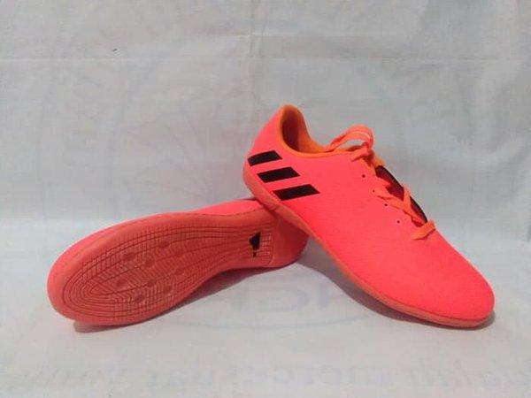 Sepatu Futsal AdidasNikeSpecsPuma Ukuran 34-43