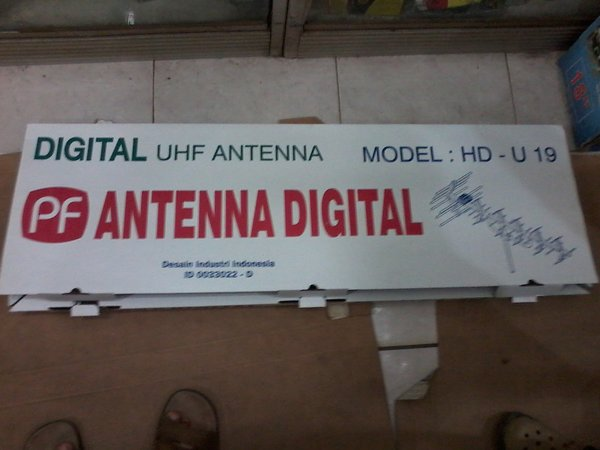 Antena TV LUAR PF DIGITAL HD-U19 (model YAGI)
