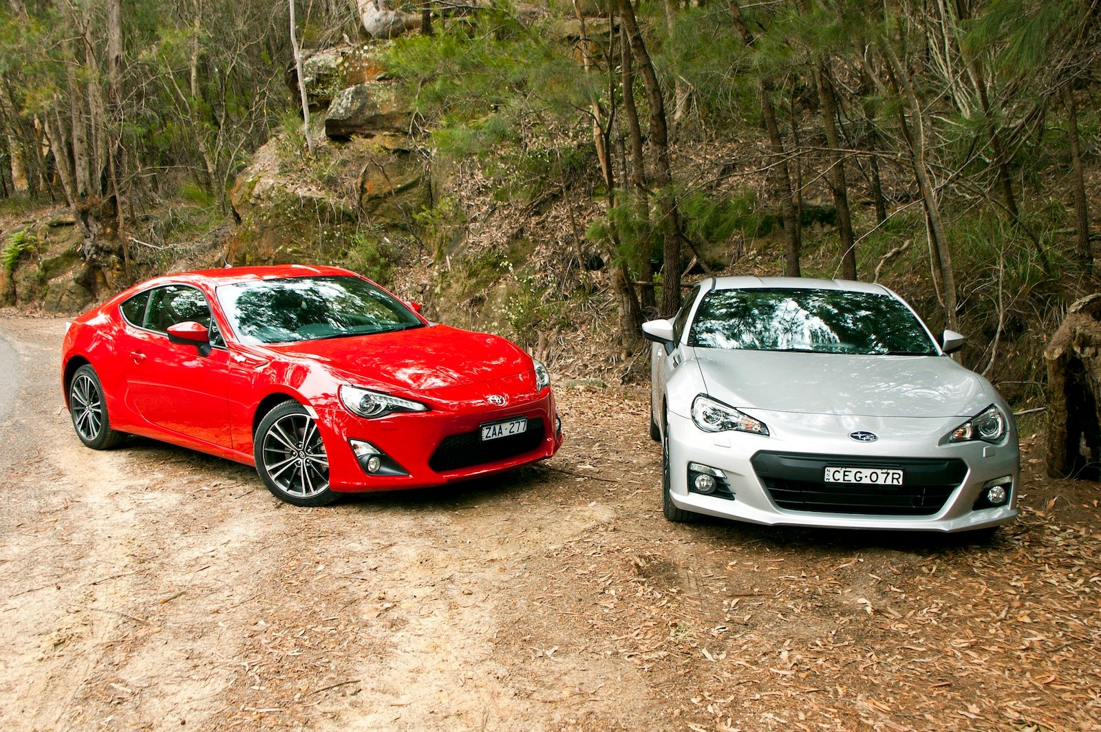 Toyota 86 Vs Subaru BRZ Comparison Review Photos