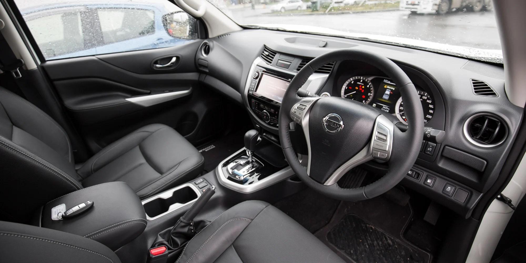 2015 Nissan Navara NP300 Review ST X 4x2 Dual Cab