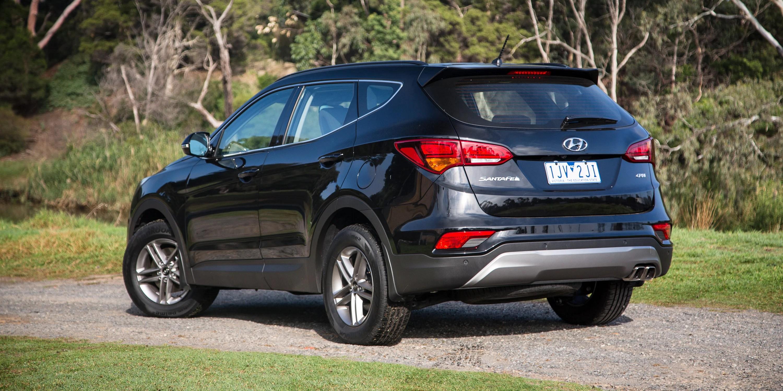 2017 Hyundai Santa Fe Active Diesel Review Photos