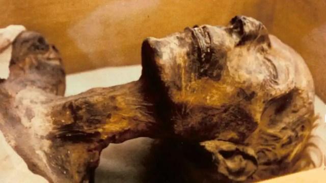 Momia de Ramsés II.