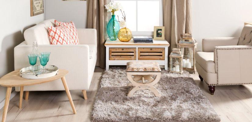 meubles scandinaves de couleurs claires