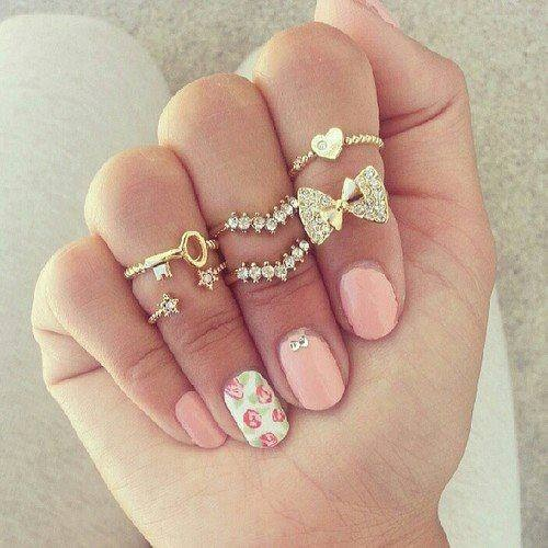 Nail Art And Jewels