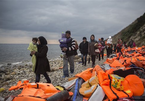 https://i2.wp.com/s3.freebeacon.com/up/2015/12/Syria-Migrants-and-Refugees.jpg