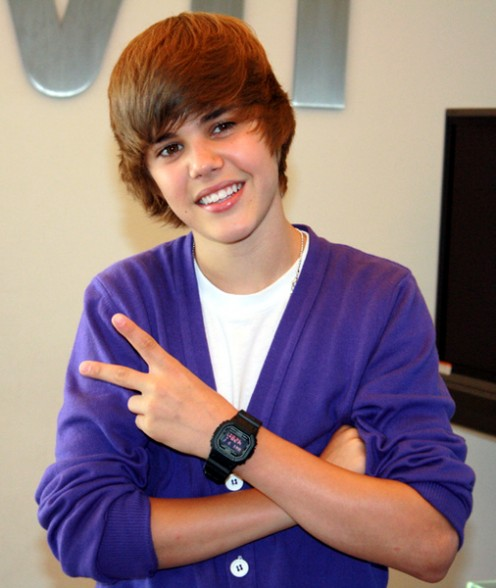 Justin Bieber is a teen idol who has cute face and great voice.
