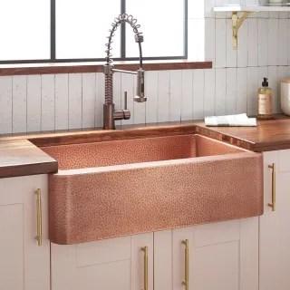 https www faucet com signature hardware 318837 antique copper 33 fiona hammered copper farmhouse sink f4070862