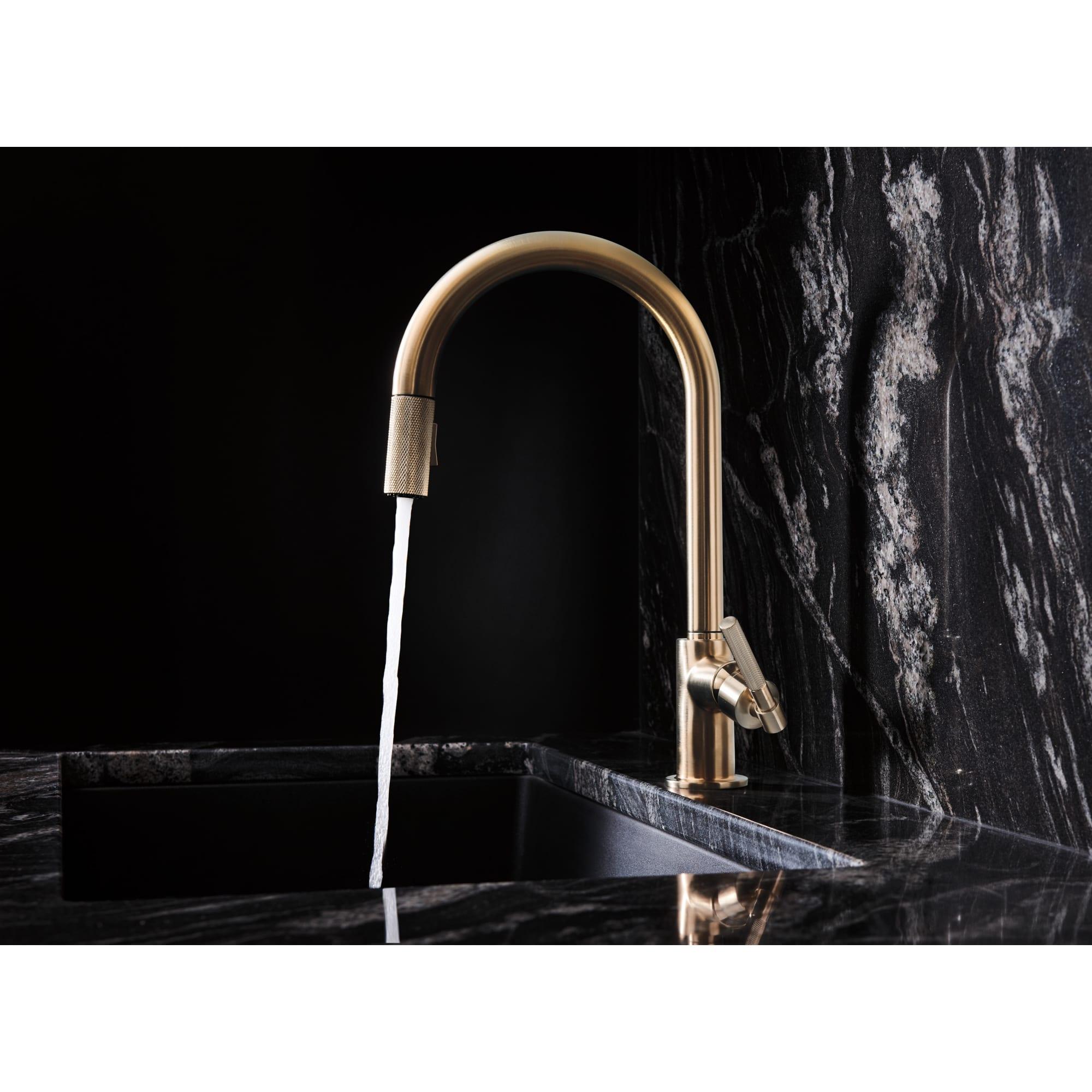luxe gold litze single handle arc spout