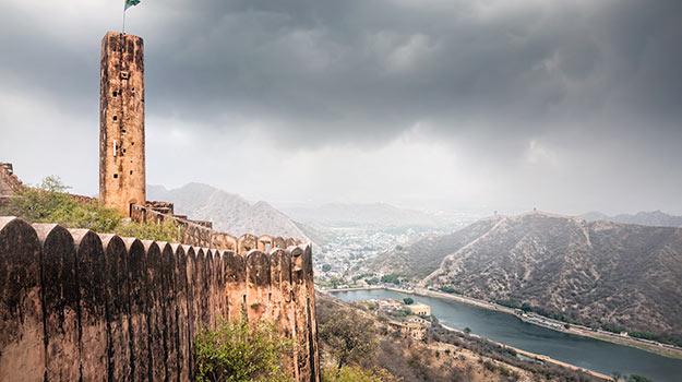 shutterstock_362195735-jaigarh-fort