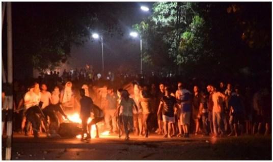 बीएचयू में छात्र-छात्राओं पर लाठीचार्ज (फाइल फोटो)