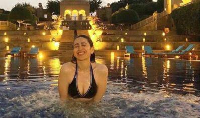 Karisma Kapoor Shares Too Hot Picture in Black Bikini Inside The ...