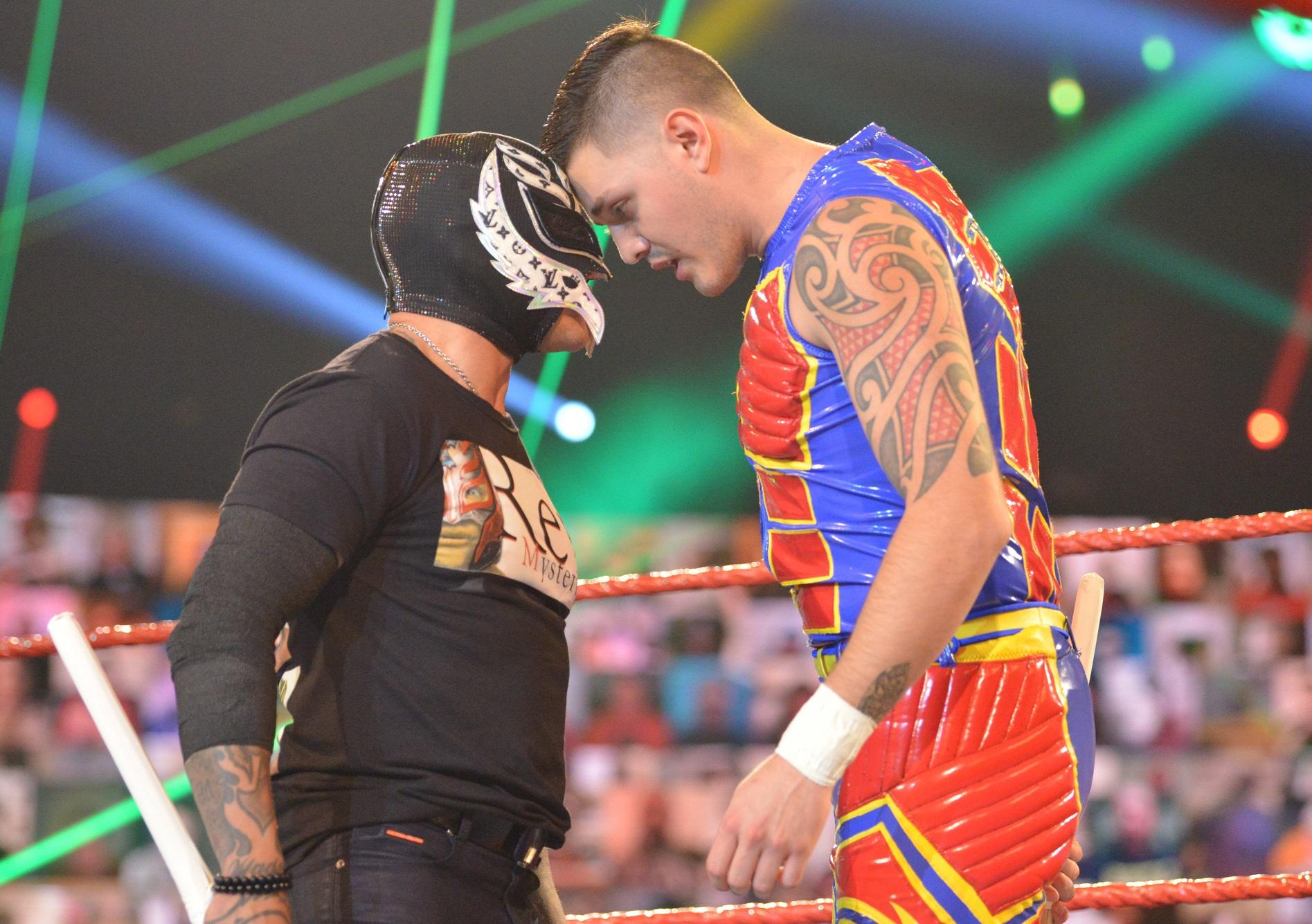 Rey Mysterio y Dominik Mysterio / WWE