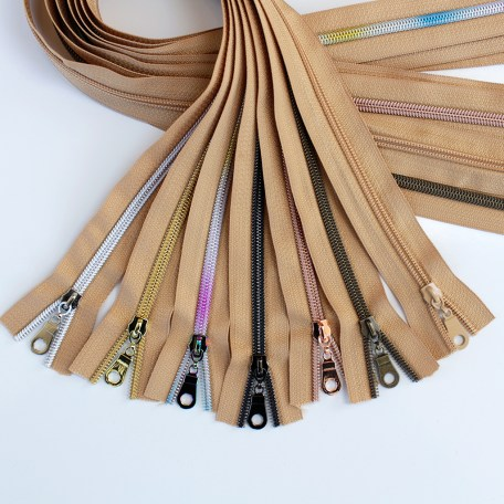 #5-natural-zippers-sampler