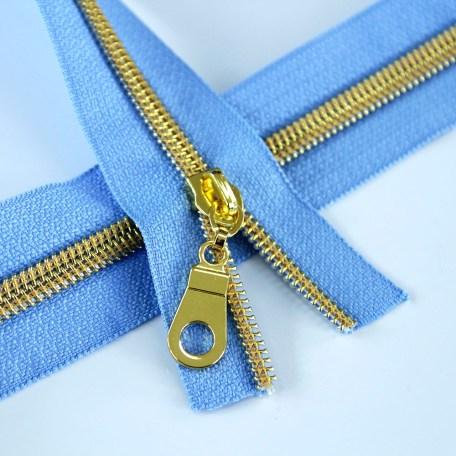 5-Nylon-Coil-Zipper-periwinkle-with-gold-teeth