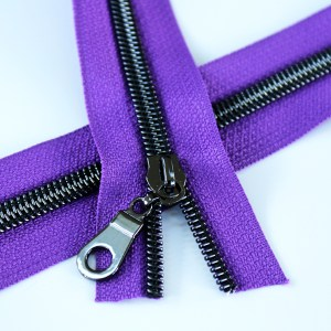 5-Nylon-Coil-Zipper-purple-with-gunmetal-teeth
