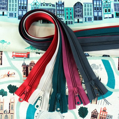 London Town Fabric & Zipper Bundle