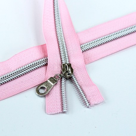 5-Nylon-Coil-Zipper-Light-pink-with-Silver-teeth