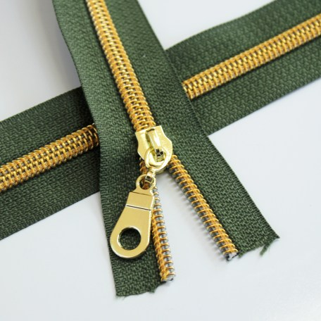 #5-moss-green-with-gold