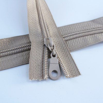 #5-sand-beige-zipper-regular-coil