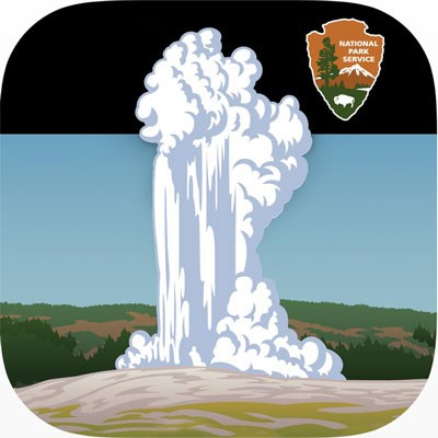 Geyser App for Old Faithful in Upper Geyser Basin at Yellowstone National Park #vezzaniphotography