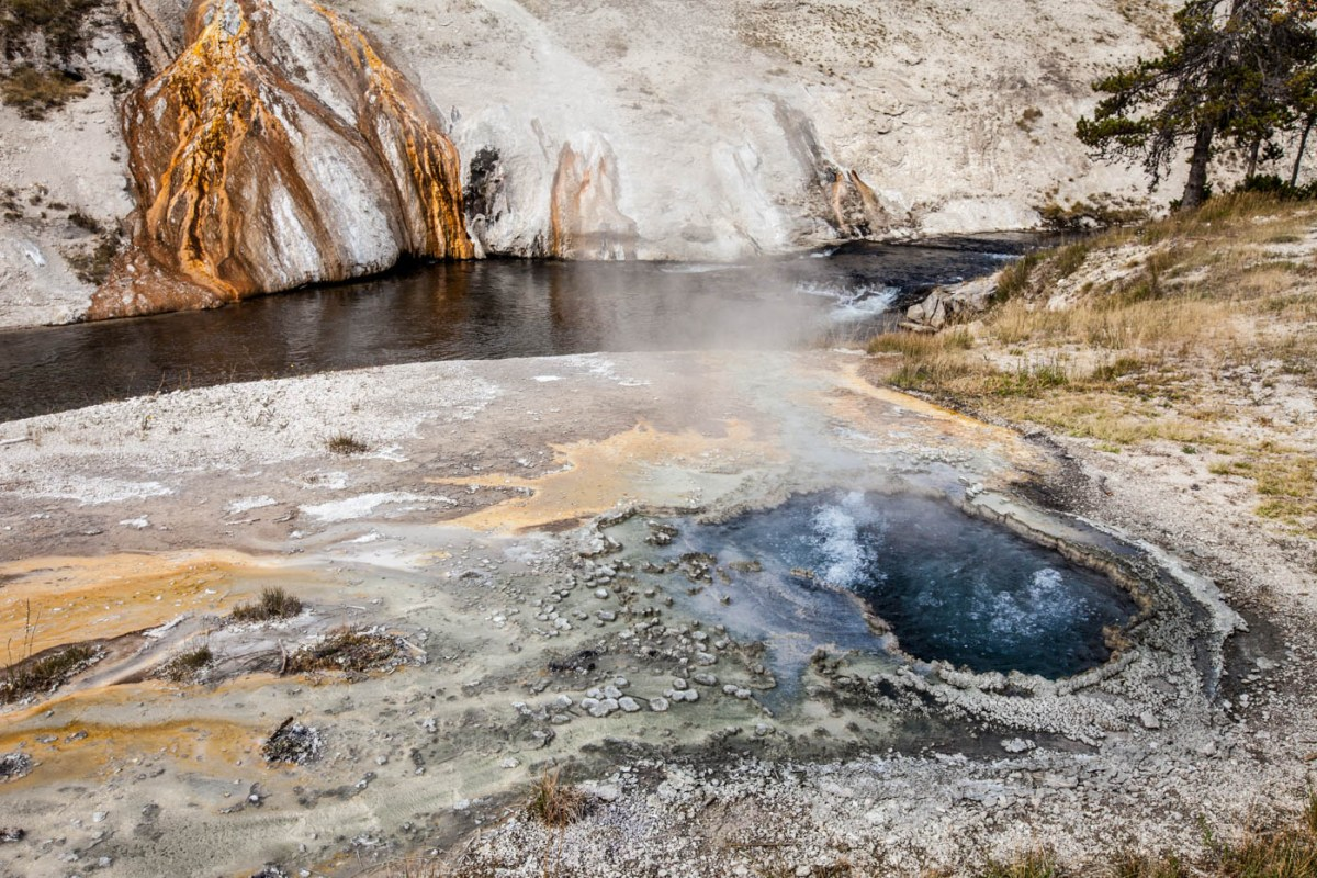 East Chinaman Spring Near Old Faithful in Upper Geyser Basin at Yellowstone National Park #vezzaniphotography