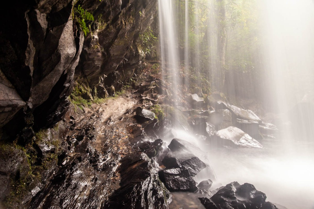 Grotto Falls Hike along the Trillium Gap Trail at Great Smoky Mountains National Park - How to Photograph Silky Smooth Waterfalls #vezzaniphotography