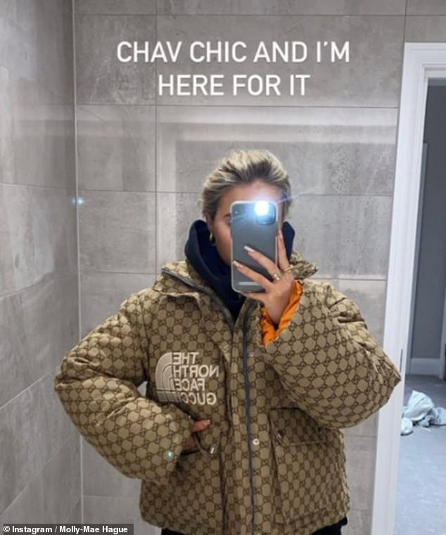 Reacciones encontradas: Molly-Mae Hague ha dividido a los fanáticos por calificar su Gucci x The North Face de £ 1,950 'chav chic'