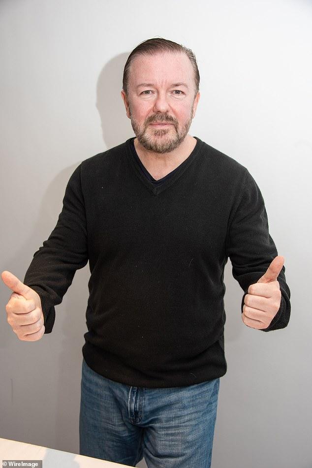 Sea breve: Ricky Gervais ha contado cómo pasa solo ocho minutos al día escribiendo guiones, ya que admitió que su 'capacidad de atención' no es larga si hace malabarismos con muchas cosas a la vez.