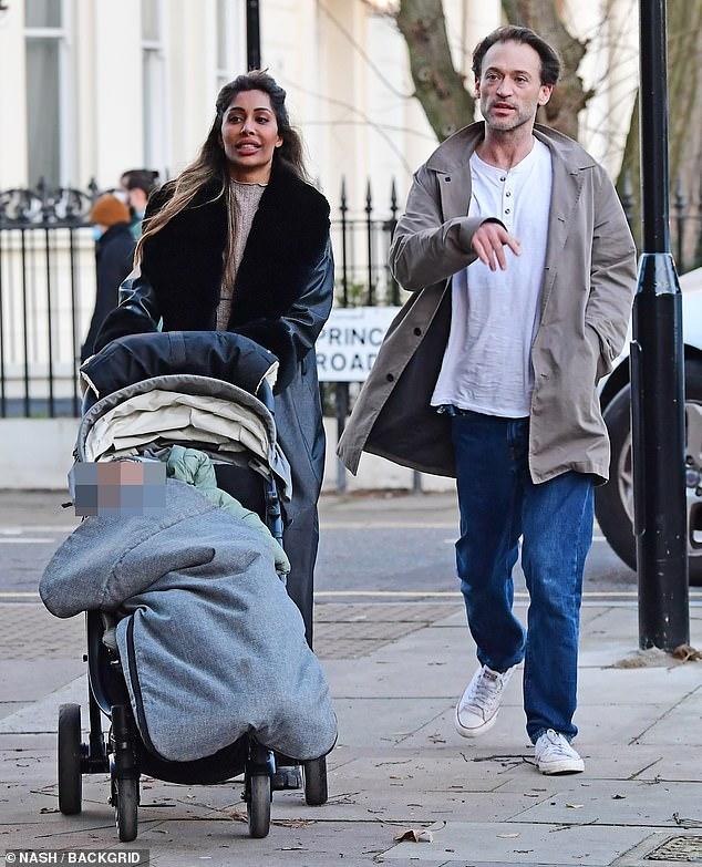Acusaciones: Paul Nicholls ha sido acusado de 'emparejarse' con la prometida de su mejor amigo, Hemma Kathrecha, después de mudarse a su casa el año pasado (en la foto en diciembre)