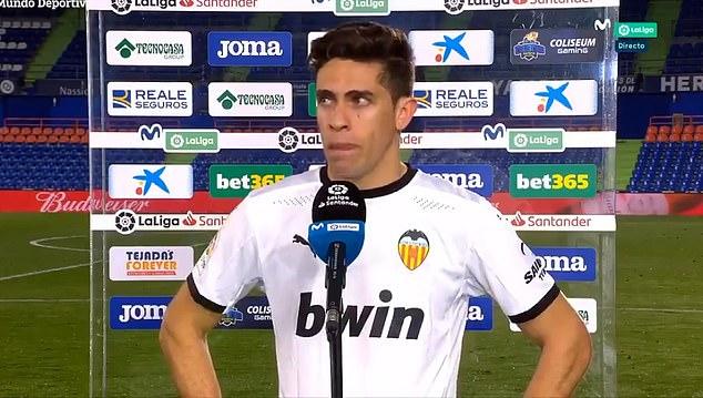 El exdefensor del Arsenal Gabriel rompió a llorar al hablar de la temporada del Valencia