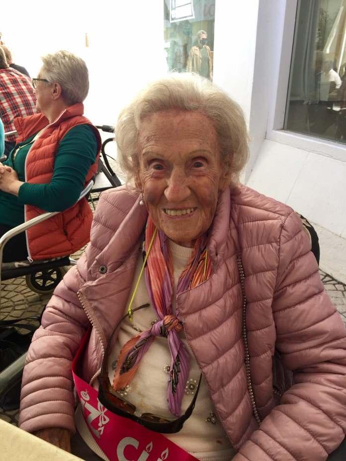 Peggy 101 cumpleaños 1