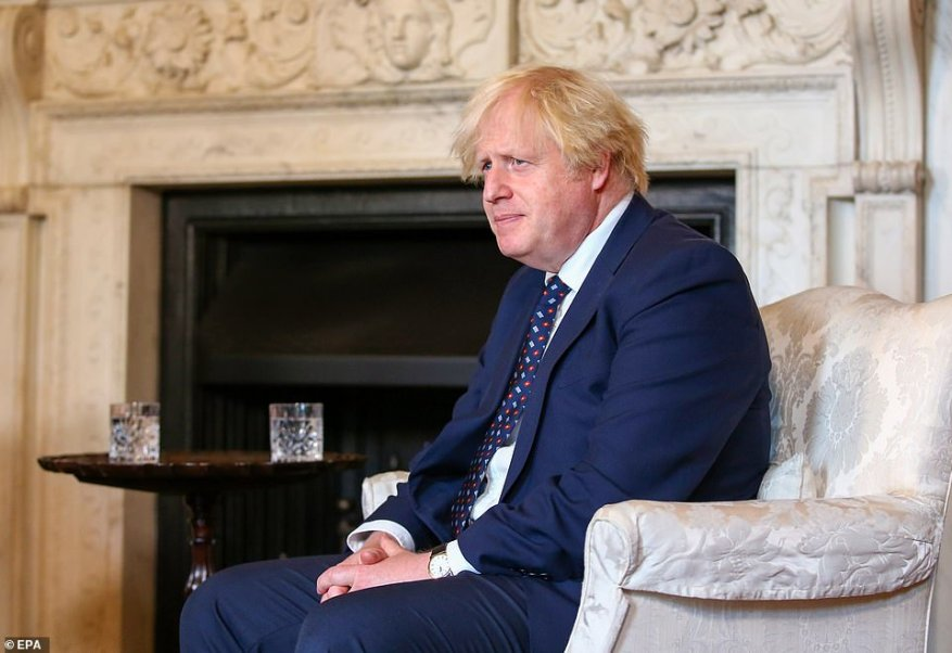 Boris Johnson is under pressure from aviation chiefs to scrap the Government's traffic light travel rules and replace them with a single 'red list' of banned destinations