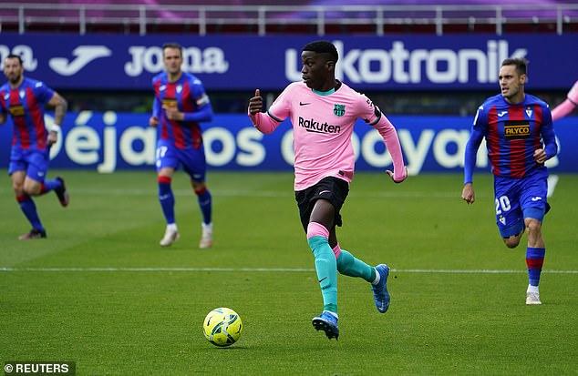El técnico del Barcelona, Ronald Koeman, dijo que estaba 'decepcionado' por las conversaciones contractuales con Ilaix Moriba