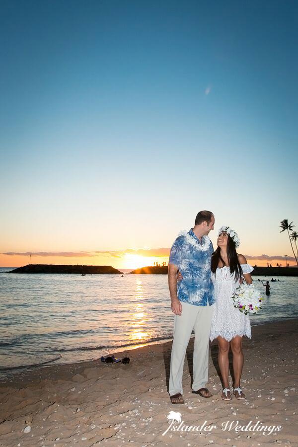 Islander Weddings at Magic Island, Hawaii Destination Weddings & Elopement Packages