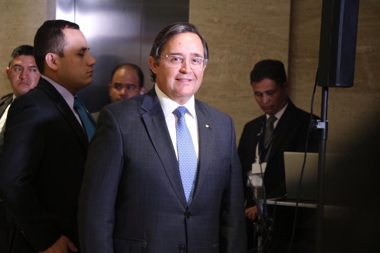 Guatemala rompe relaciones con Venezuela y cierra embajada