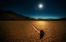 Trey Ratcliff - Death Valley - Mysterious Rocks - low
