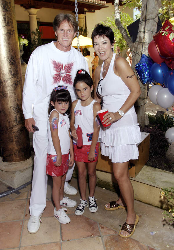 Kris-Jenner-in-youth