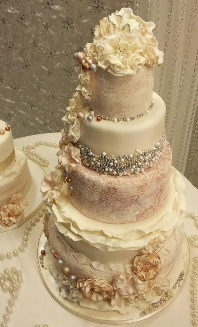 Vintage Wedding Ruffle An Pearl Vintage Wedding Cakes