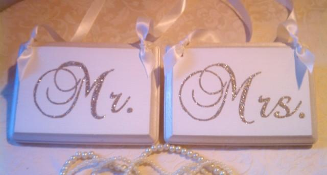 Wedding Signs, Bling, Mr. & Mrs., Champagne Reception