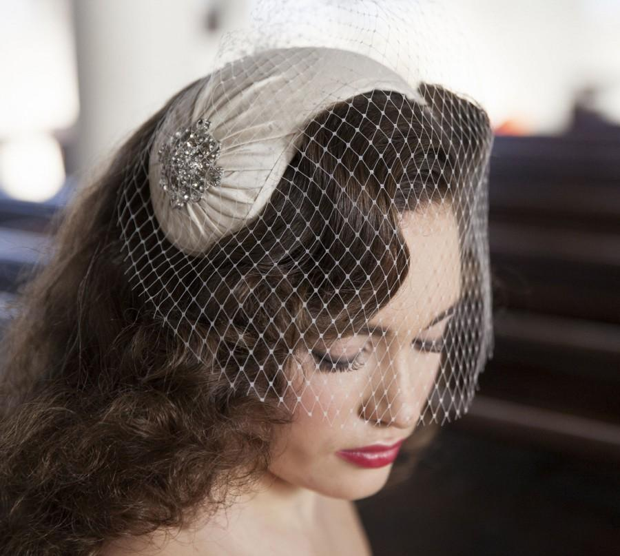 1950s Style Veil And Headpiece Half Hat And Birdcage