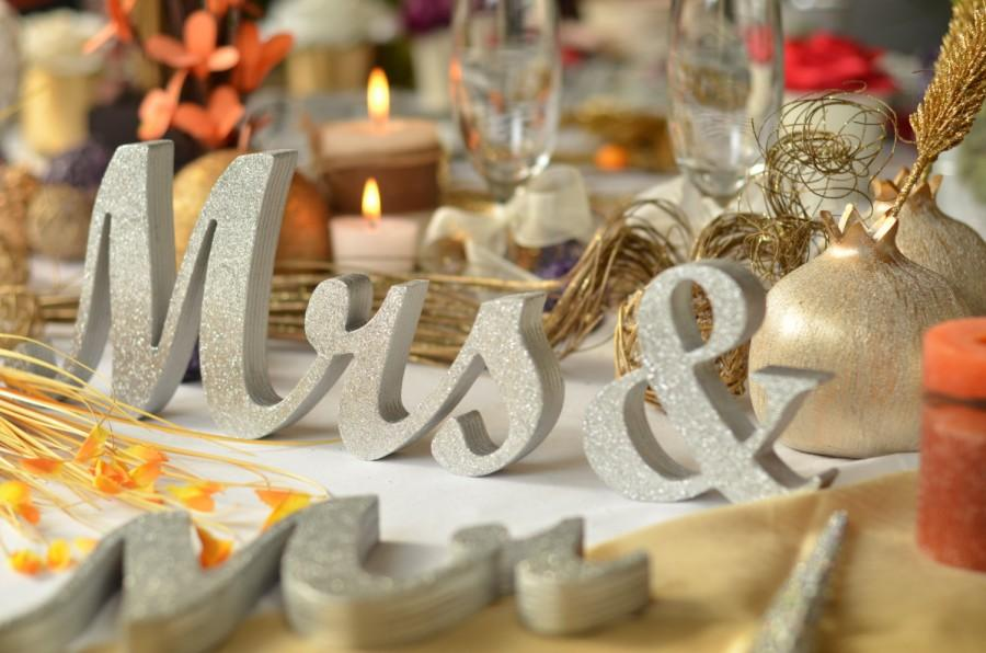 Glitter Mr. & Mrs. Letters Wedding Table Decoration