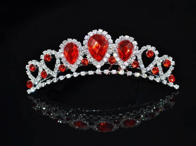 Stunning 3 Piece Red Rhinestone Teardrop Tiara Comb