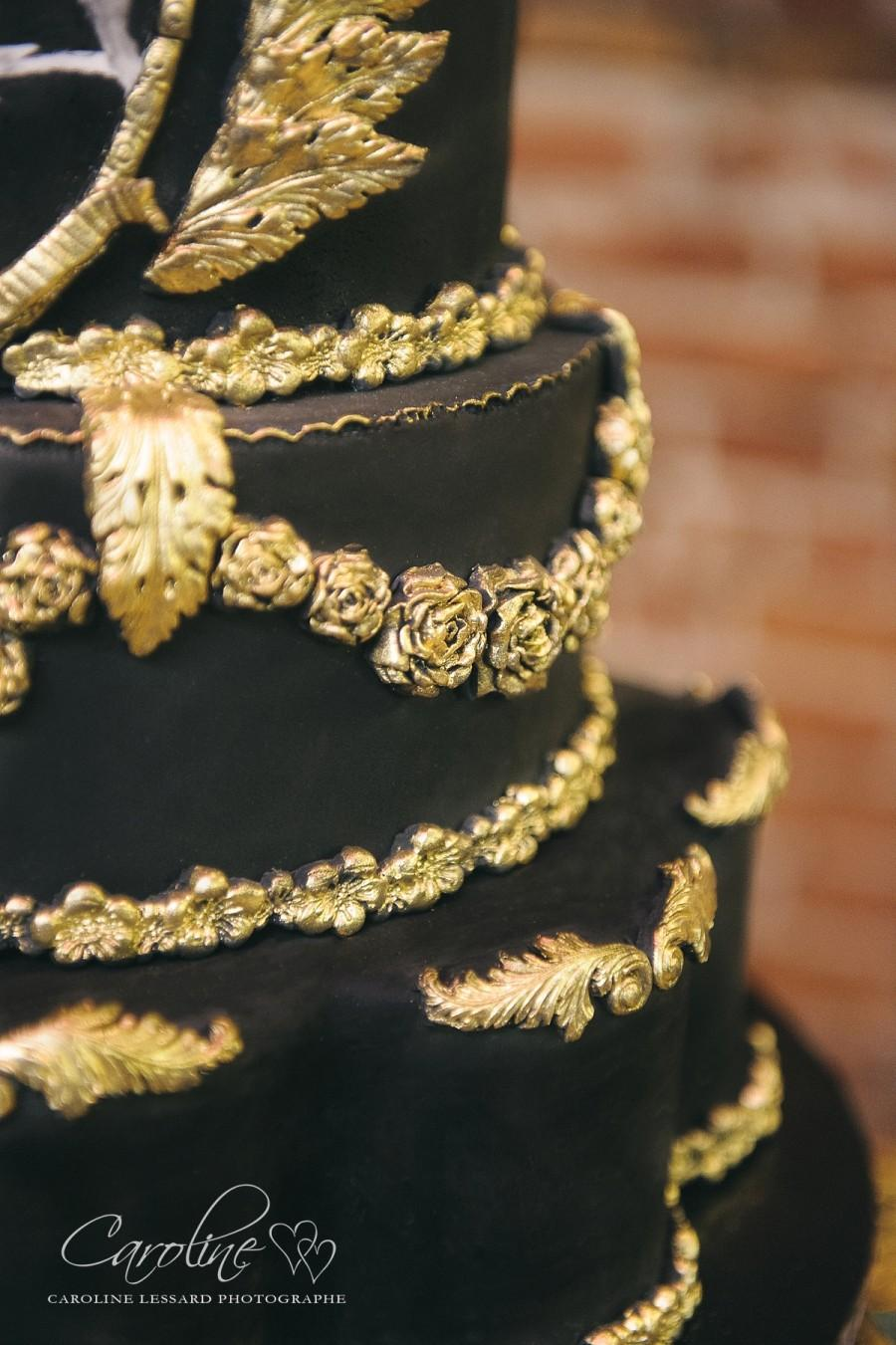 Black   Gold Wedding Cake  2512501   Weddbook Black   gold wedding cake