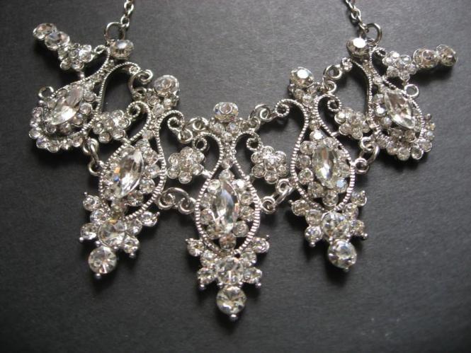 Vintage Style Bridal Wedding Chandelier Jewelry Rhinestone Crystals Necklace Rhinestones
