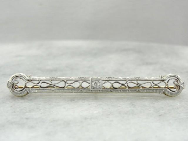 platinum and diamond outstanding filigree art deco bar pin brooch 6prj45 n 2340339 weddbook
