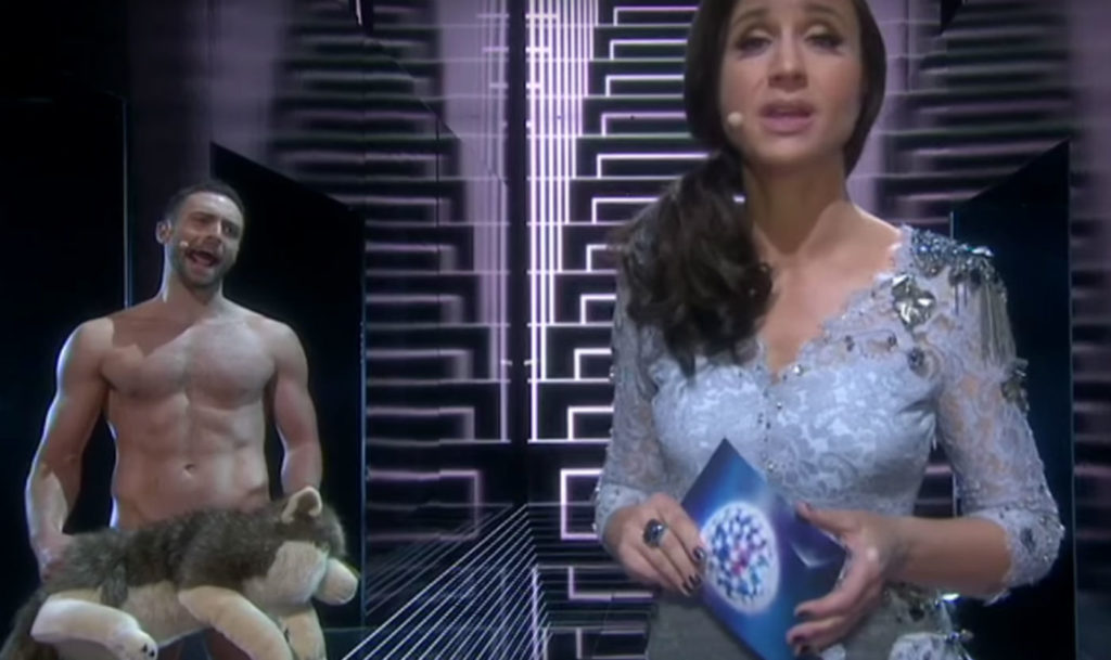 See Eurovision Måns Zelmerlöw host turn up naked onstage (VIDEO)